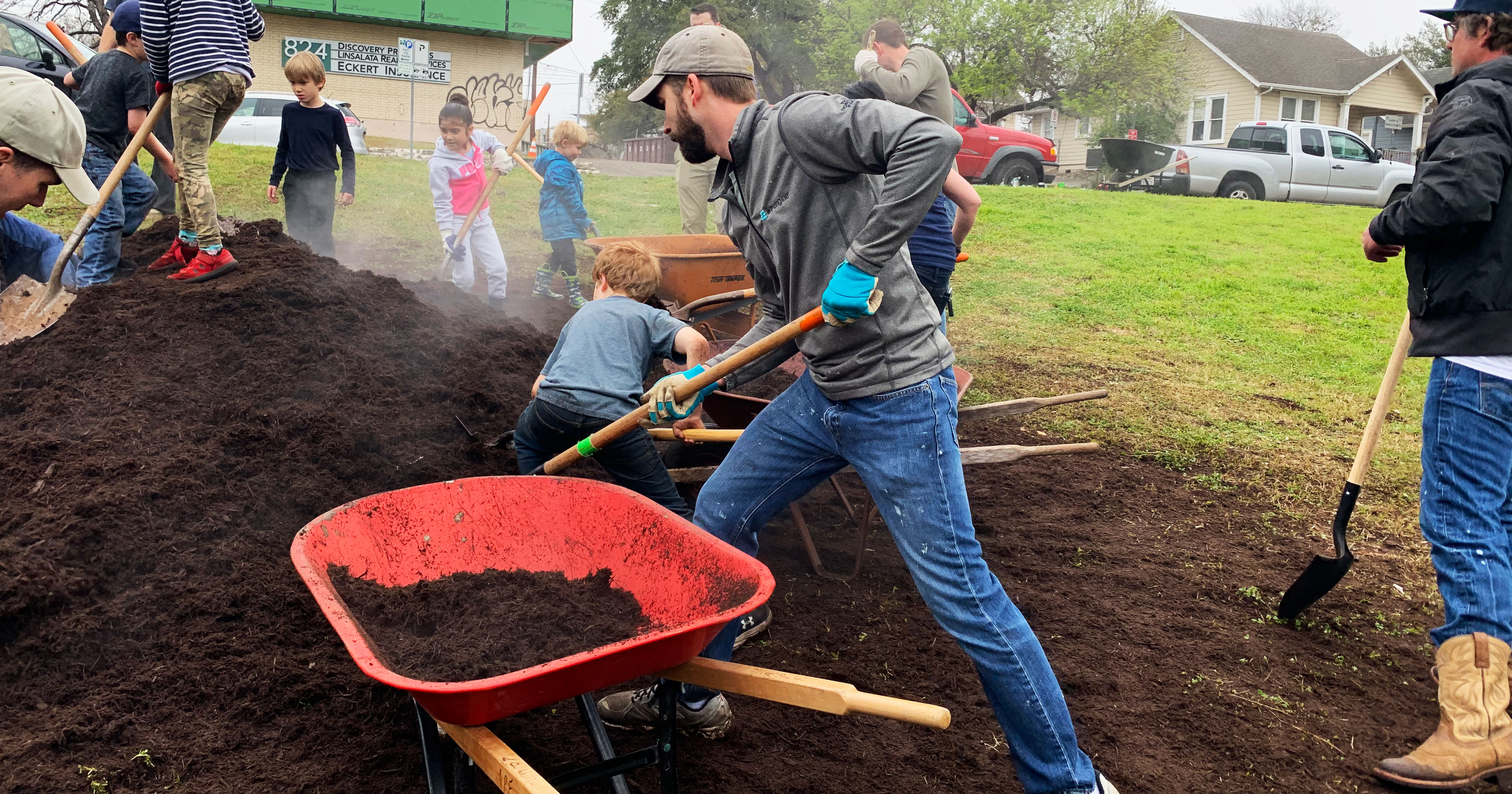 """Featured image for """"Valuable Volunteers: It's My Park Day Volunteers Making an Impact for Austin Parks"""""""