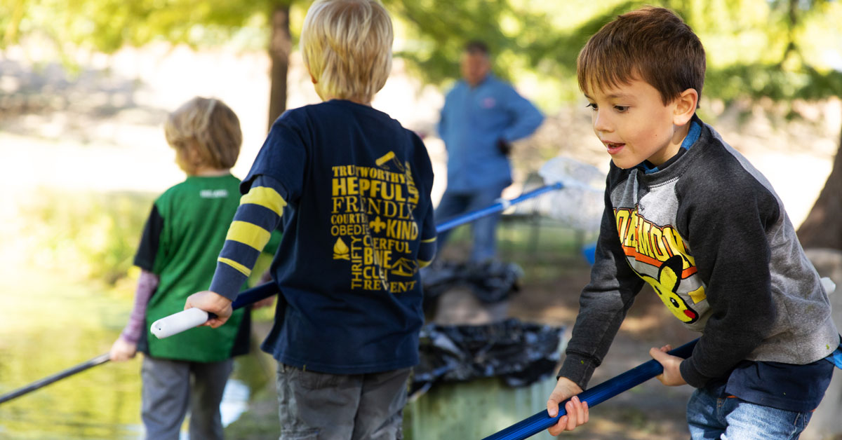 """Featured image for """"Park Partners: It's My Park Day Volunteers Show Out for Parks Across Austin"""""""
