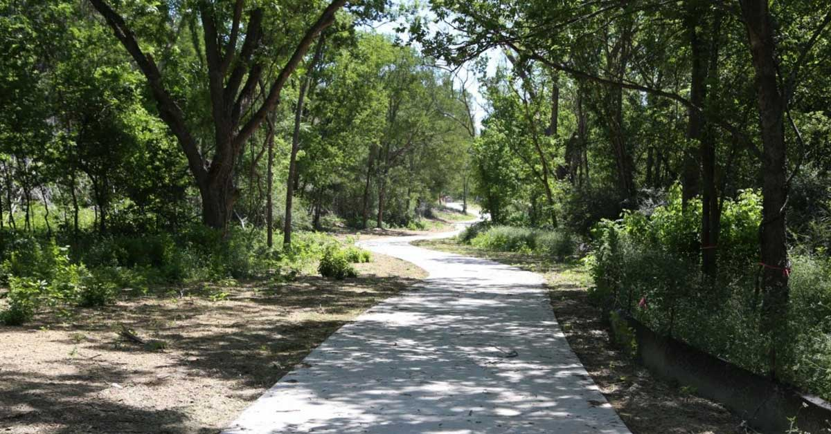 southern walnut creek trail great for bikes and strollers